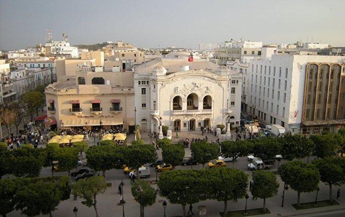 Théâtre municipal et le Palmarium sur l'avenue Bourguiba à Tunis