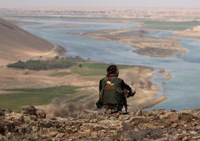 Sur les rives de l'Euphrate