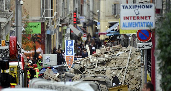 L'effondrement des immeubles résidentiels à Marseille