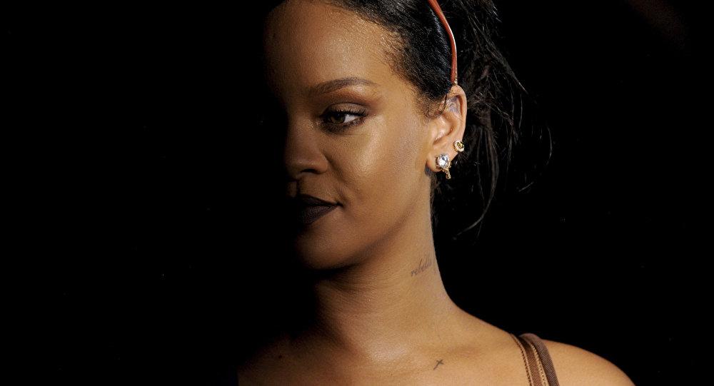 Trump s'attire les foudres de Rihanna — Etats-Unis