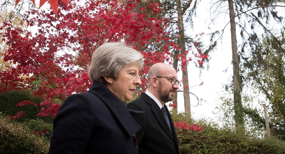 Premiers ministres belge et britannique Charles Michel et Theresa May