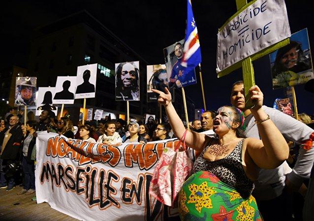 la «Marche de la colère» à  Marseille