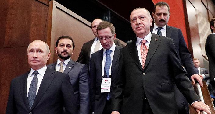 Les Présidents Vladimir Poutine et Recep Tayyip Erdogan assistent ce lundi à Istanbul à la cérémonie d'achèvement du Turkish Stream sous la mer Noire