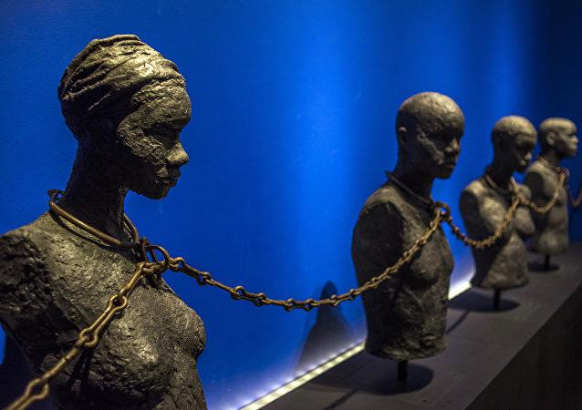 Sculptures des esclaves exposés dans le Centre caribéen d'expressions et de mémoire de la traite et de l'esclavage