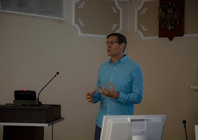John Lajoie, professeur de physique à l'Université de l'Iowa (USA) et représentant de la direction du projet sPHENIX