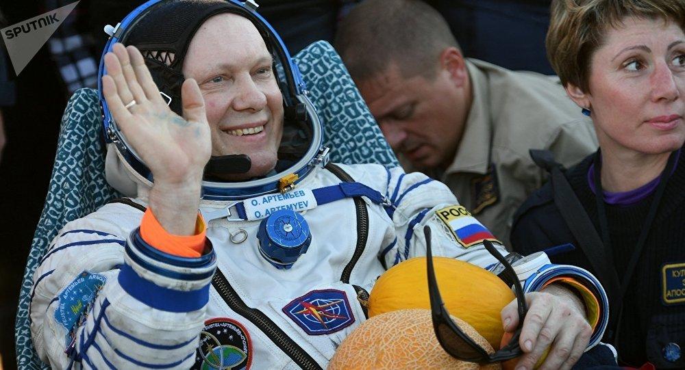Oleg Artemiev, membre de l'équipage du vaisseau spatial Soyouz MS-08
