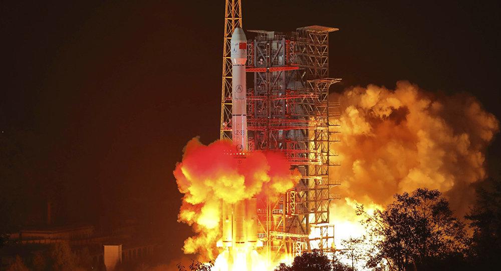 Lancement de la sonde lunaire Chang'e-4