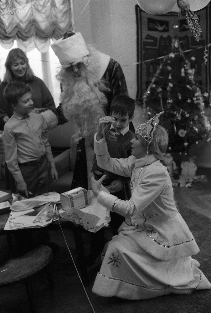 Retour en URSS: le réveillon en famille et au travail