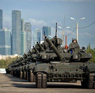 L'entraînement avant le parade de la Victoire à Moscou