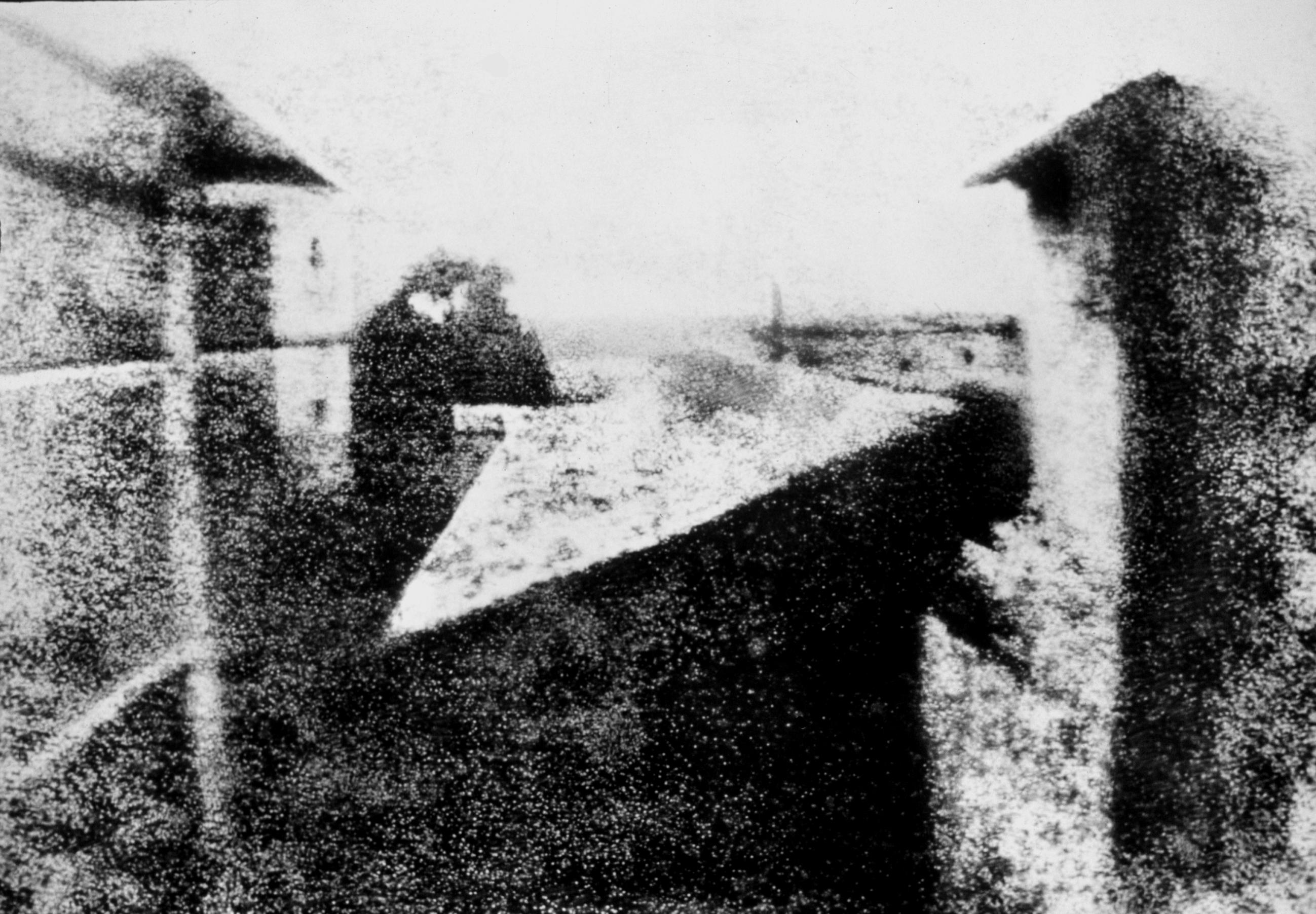 Point de vue du Gras, le premier résultat d'une expérience de Joseph Nicéphore Niépce