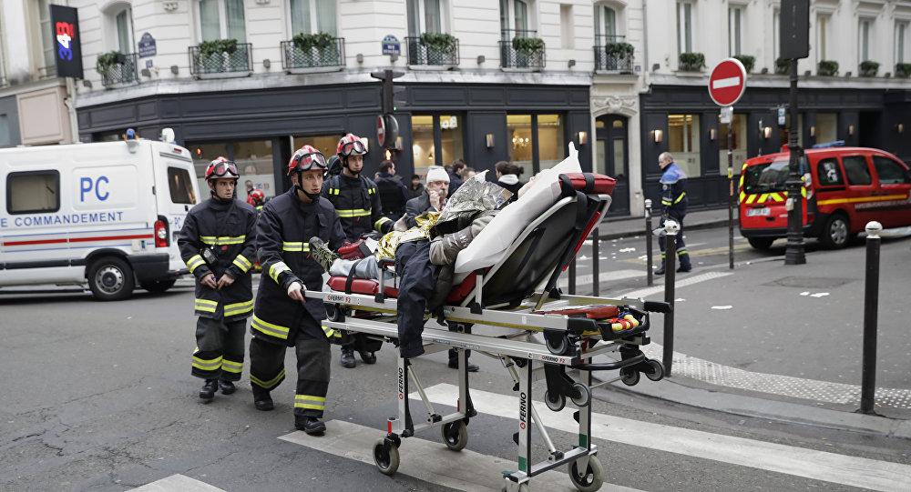 Opération de sauvetage après une explosion rue de Trévise, à Paris
