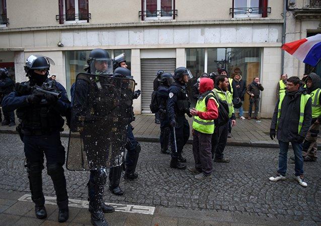 mobilisation des Gilets jaunes à Bourges