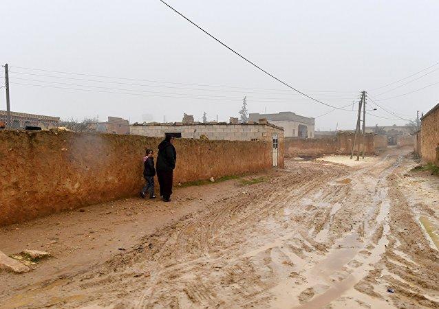 Des habitants de la région de Manbij