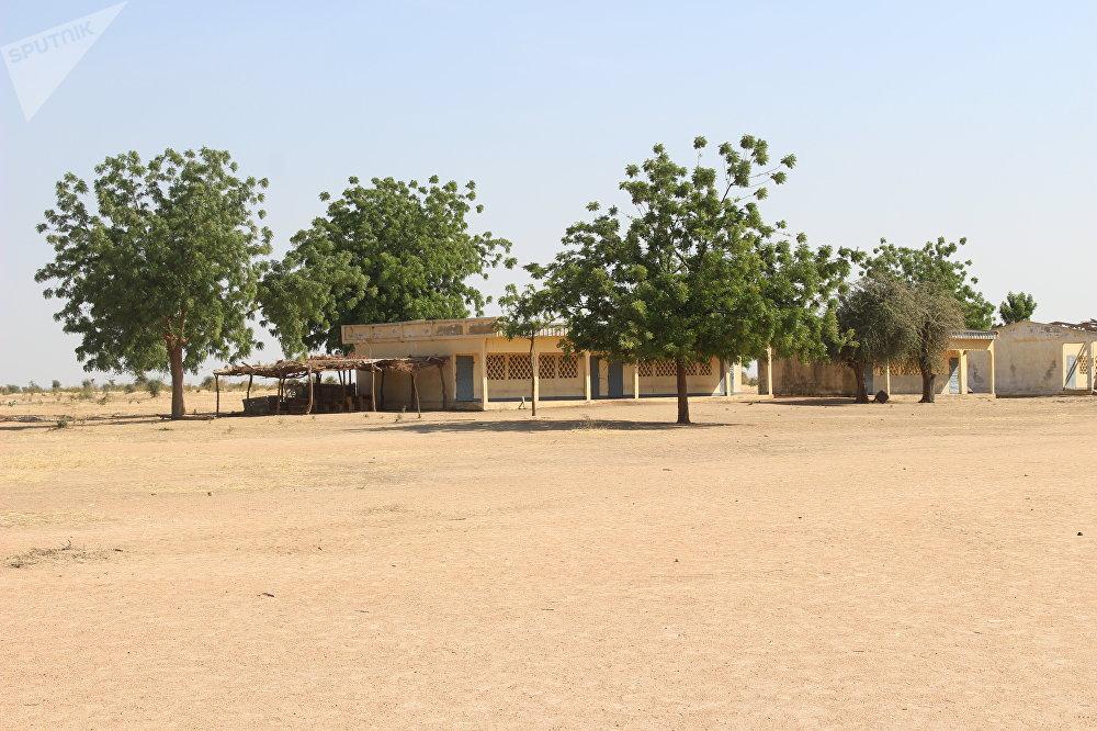 Une vue du lycée de Limani, Cameroun