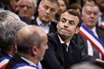 Emmanuel Macron rencontre quelques 600 maires d'Occitanie