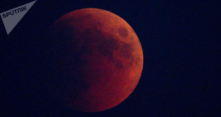 Eclipse lunaire totale