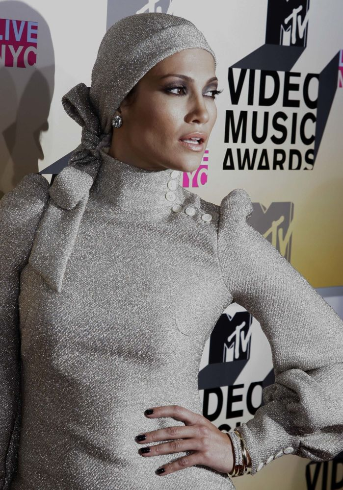 Des célébrités essaient le hijab