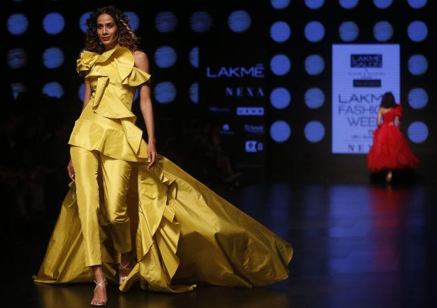 L'Orient sensuel: défilés Lakme Fashion Week à Mumbai