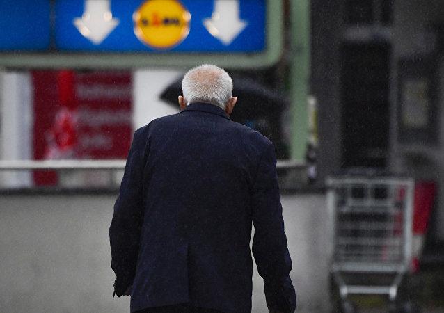 Un retraité à Berlin (Archiv)