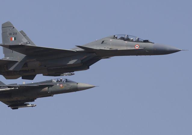 Deux avions de combat Soukhoï Su-30MKI au service de l'Armée indienne (image d'illustration)