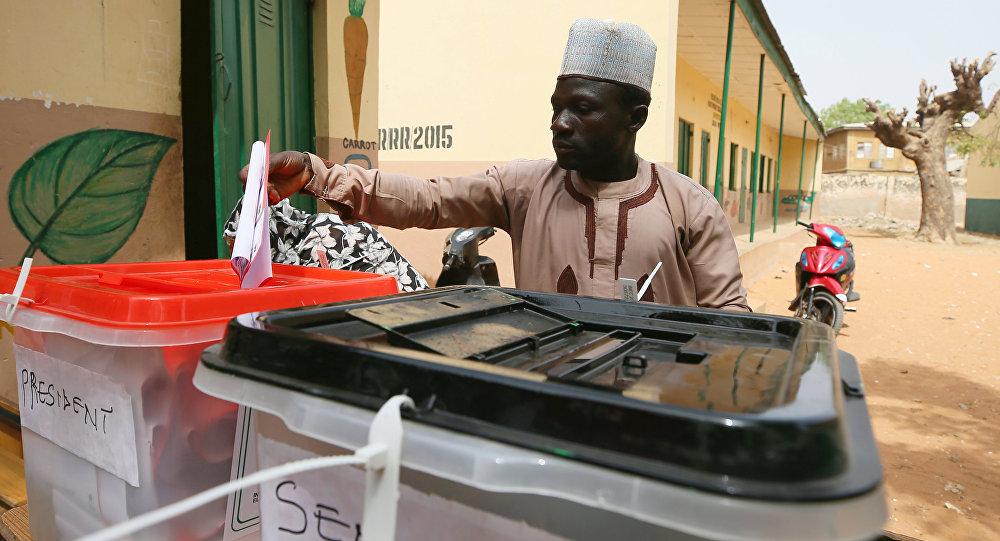 Le Président sortant du Nigeria réélu pour un second mandat                REUTERS  Afolabi Sotunde