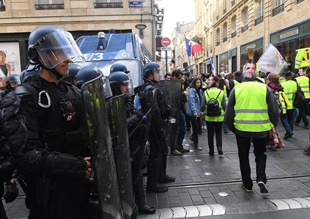 Les manifestations des Gilets jaunes le 2 mars à Bordeau