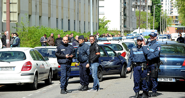 Policiers à Grenoble. Image d'illustration