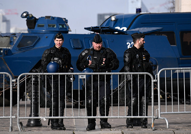 Police déployée pour une manifestation des Gilets jaunes (image d'illustration)