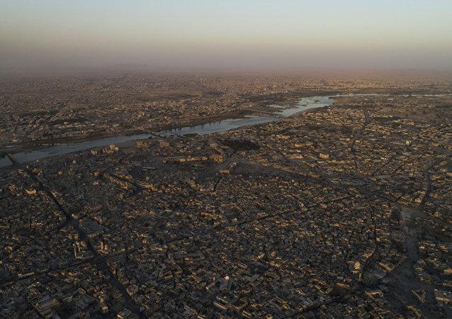 Le fleuve Tigre et la ville de Mossoul