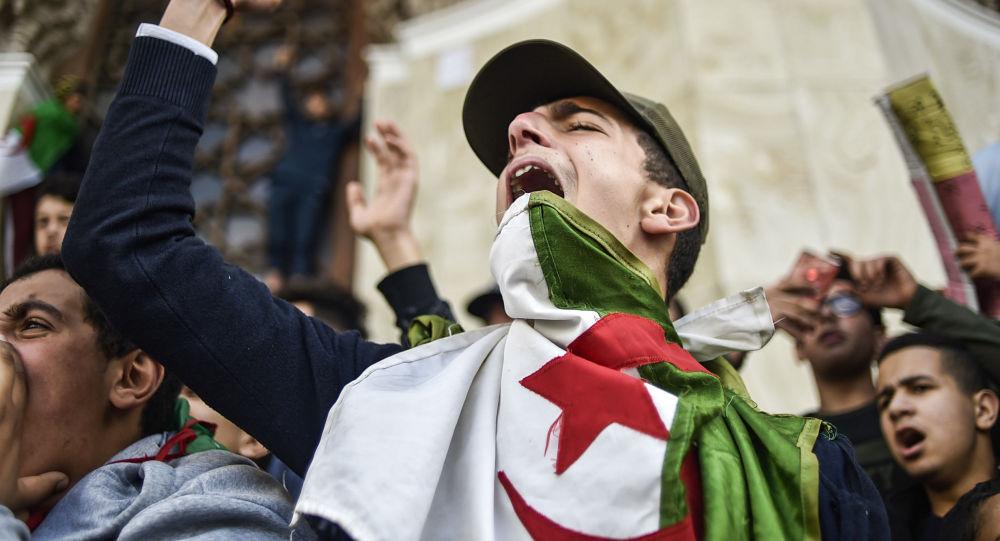 Manifestations en Algérie contre le 5e mandat d'Abdelaziz Bouteflika