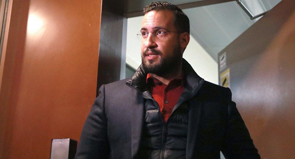 Trois proches d'Emmanuel Macron convoqués par la justice — Affaire Benalla