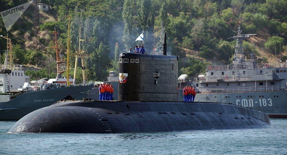 Le sous-marin diesel-électrique Krasnodar à Sébastopol