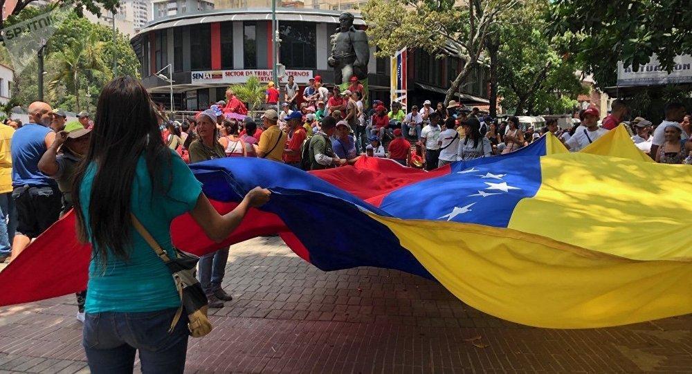 Des militaires se soulèvent contre Nicolas Maduro — Venezuela