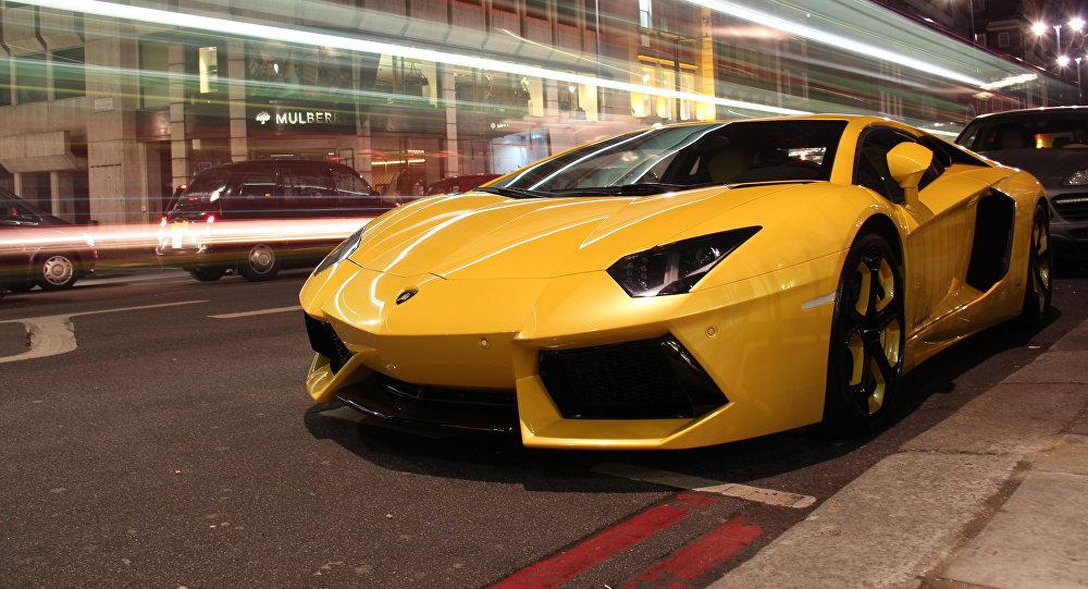 Une Lamborghini Aventador