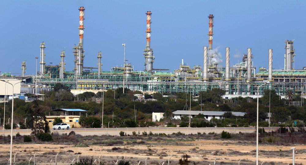 Libye : Haftar bombarde une ville à 60 km de la Tunisie