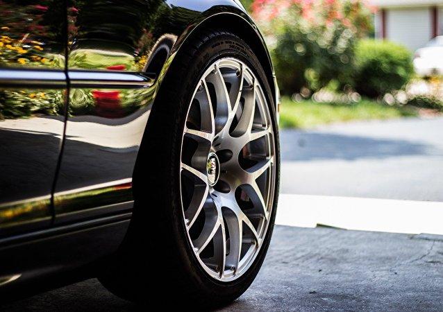Une roue de voiture (image d'illusration)