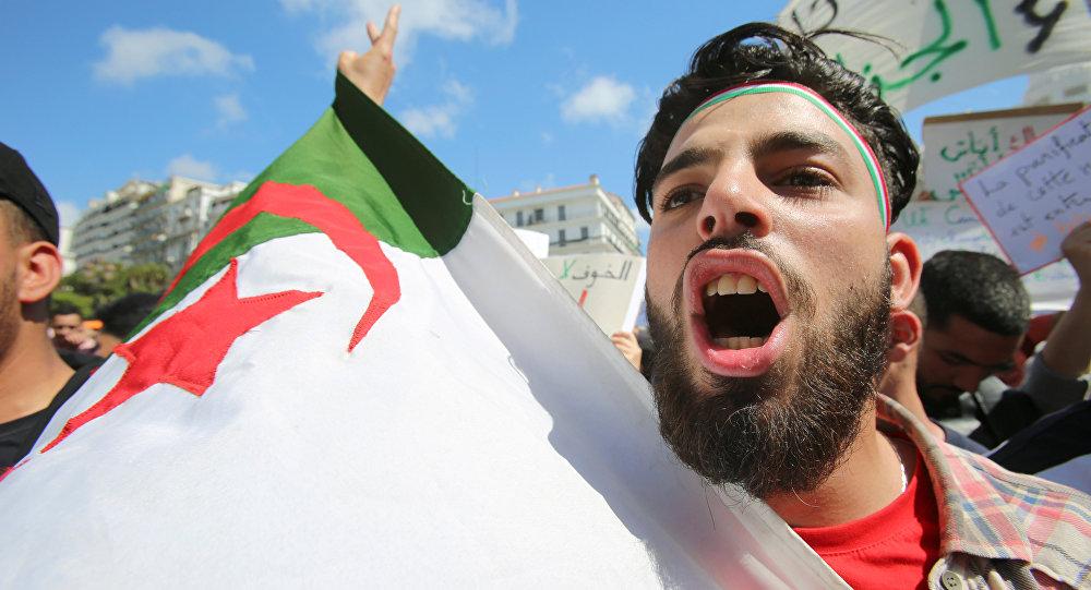 Etudiants en Algérie