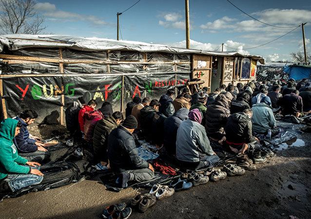 Migrants et réfugiés à Calais, en France