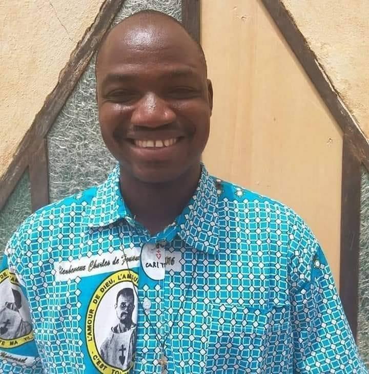 Père Siméon Yampa, 34 ans, tué avec cinq fidèles
