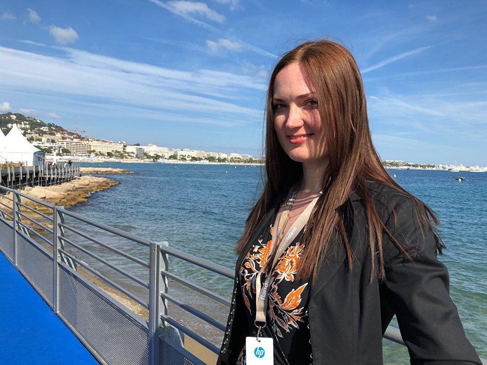 """La productrice du """"Vega Film"""" Katerina Mikhaïlova est venu présenter à Cannes un thriller """"Elle a un autre nom"""""""