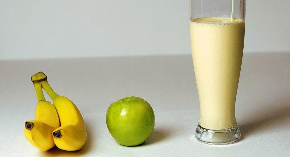 Royaume-Uni : des politiques attaqués avec des milk-shakes