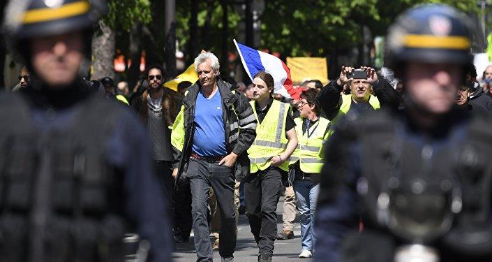 Une manifestaion des Gilets jaunes à Paris (image d'illustration, archives)