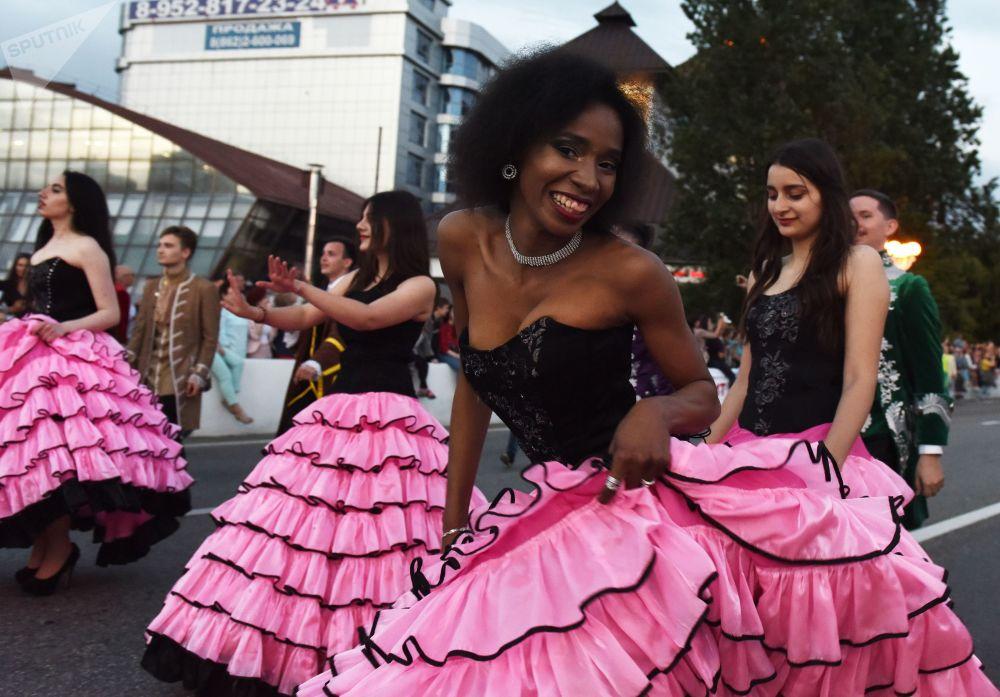 Show de sosies: l'ouverture de la saison estivale à Sotchi