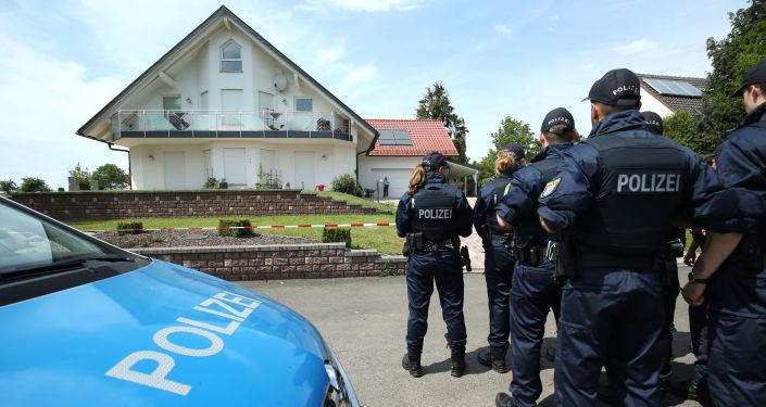La police près de la domicile de Walter Lubcke
