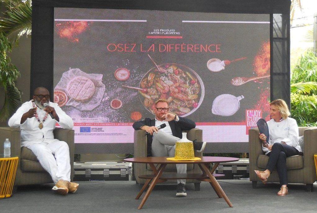 Christian Abégan, Laurent Damiens et Laetitia Gaborit lors de la campagne AfroGourmands, Dakar
