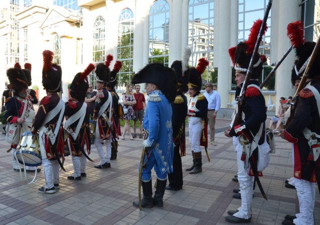 La Garde impériale à Moscou lors du festival Les temps et les époques 2019