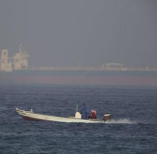 Un des pétroliers attaqués en mer d'Oman