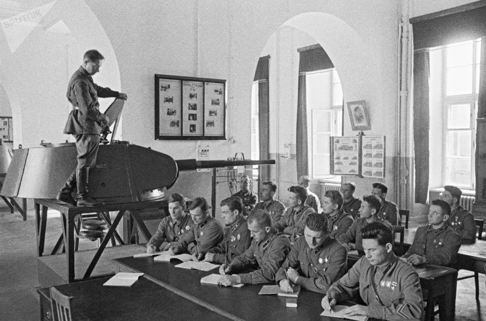 Les premiers jours de la Grande Guerre patriotique