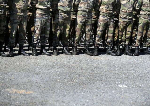 Au camp militaire de Caylus, image d'illustration