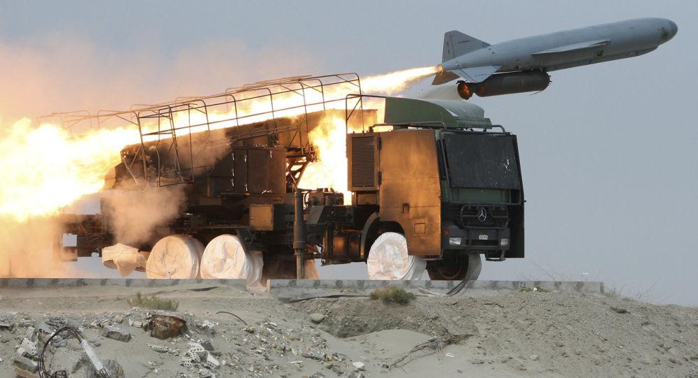 Des exercices iraniens de lancement de missiles sol-mer Saegheh (archive photo)